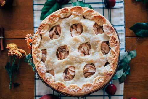 Warm Up Fall With an Apple Pie Party at Home