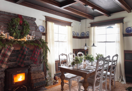 My Houzz: Nature-Inspired Christmas Charm in a New York Farmhouse