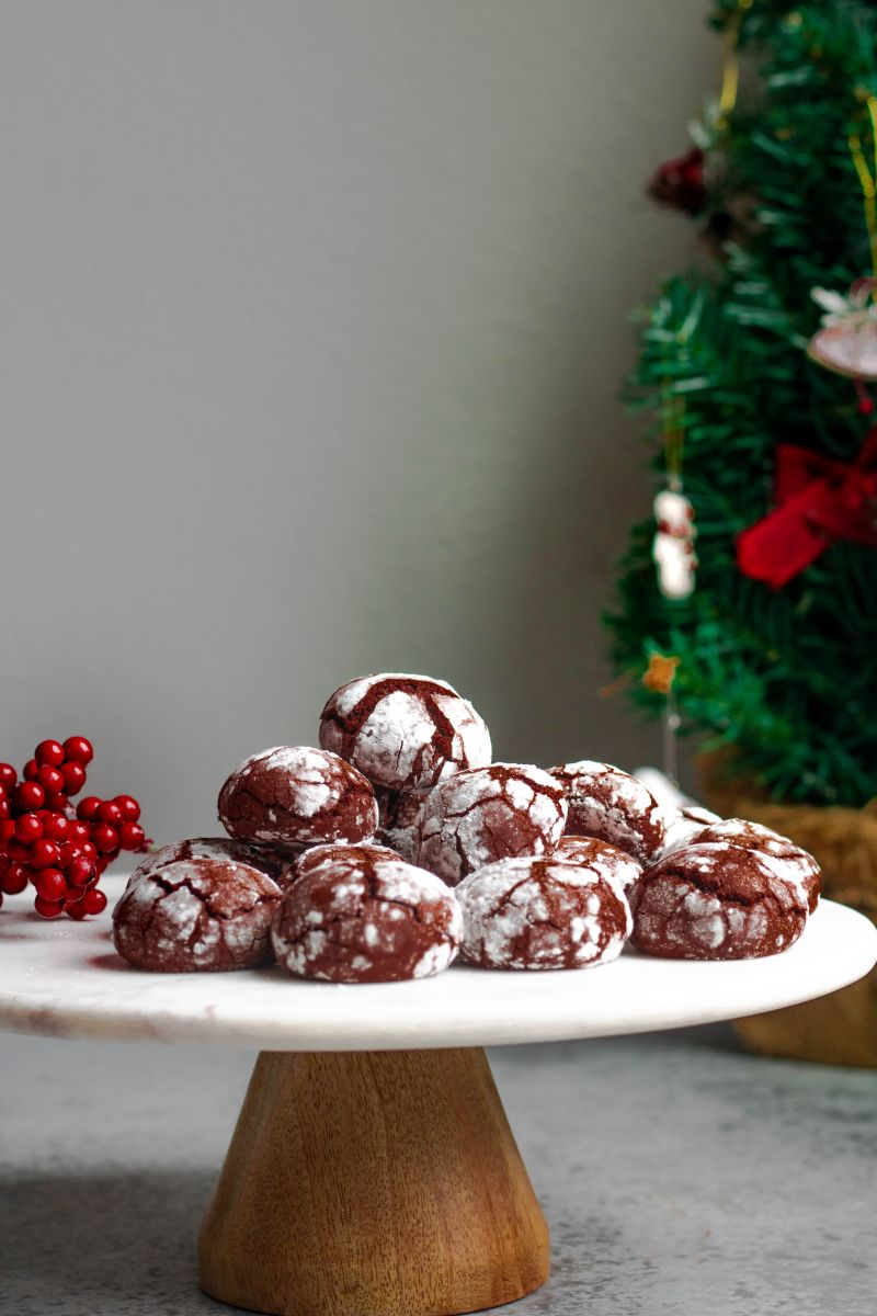 Chocolate Crinkle Cookies — The Whisk Addict