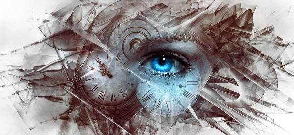Steampunk eye clock broken shattered Kellepics Pixabay